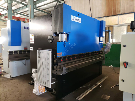 1French Guiana-WC67K-250T3200 Hydraulic press brake.jpg